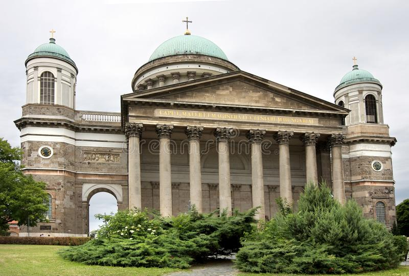 Esztergom Basilika, Ungarn stockbilder