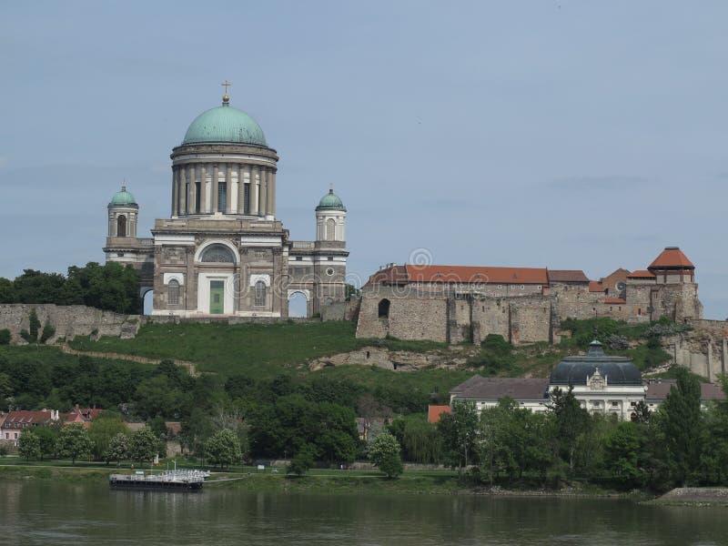 Esztergom Ungern - basilika arkivbild