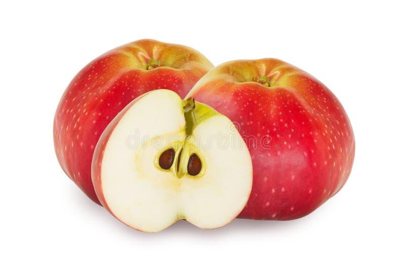 2 et demi pommes rouges au-dessus du fond blanc photos libres de droits