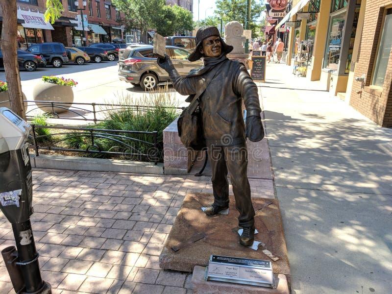 et x22 ; Paperboy& x22 ; par Lee Leuning et Sherri Treeby et x28 ; SD& x29 ; ; Sculpture sur Sioux Falls SculptureWalk et x28 ; 2 photos stock