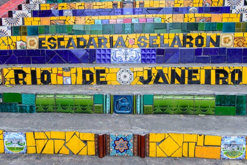 Etapas famosas de Escadaria Selaron em Rio de janeiro, artista de Brasil imagens de stock