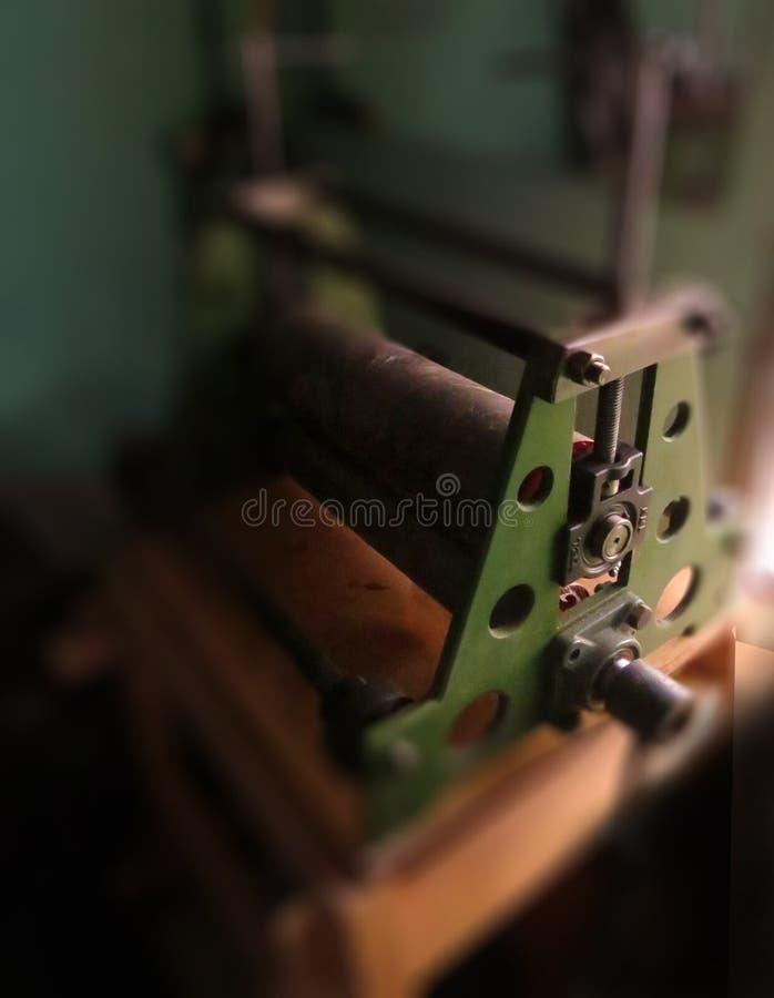 Etchingpress, gravyrmaskin, etsning, drypoint som är xilographic arkivbilder
