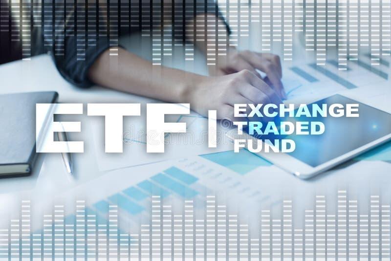 ETF обменяйте торгованный фонд Концепция дела, intenet и технологии стоковая фотография rf