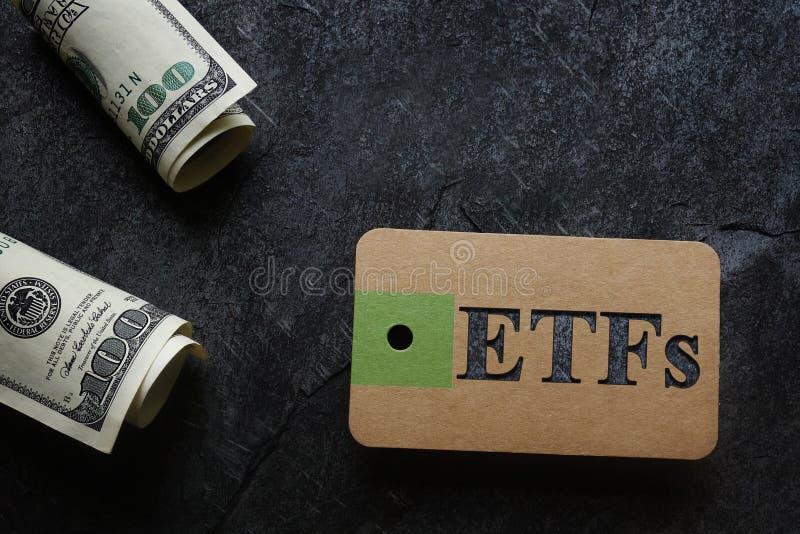 ETFs con contanti immagini stock