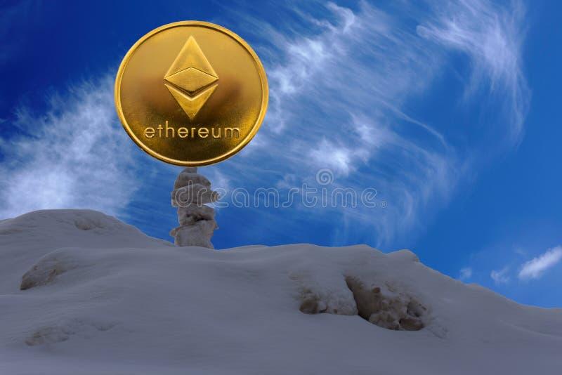 Ethereum è un modo moderno dello scambio e questa valuta cripto è mezzi di pagamento convenienti nei mercati di web e finanziari immagine stock