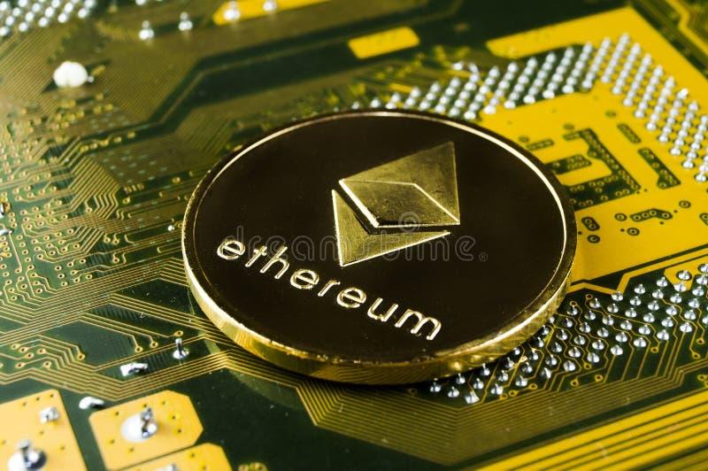 Ethereum es una manera moderna de intercambio y de esta moneda crypto foto de archivo