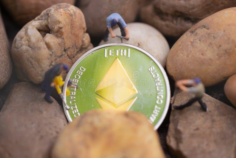 Ethereum ETH kopalnictwo Wirtualnego cryptocurrency górniczy pojęcie fotografia royalty free
