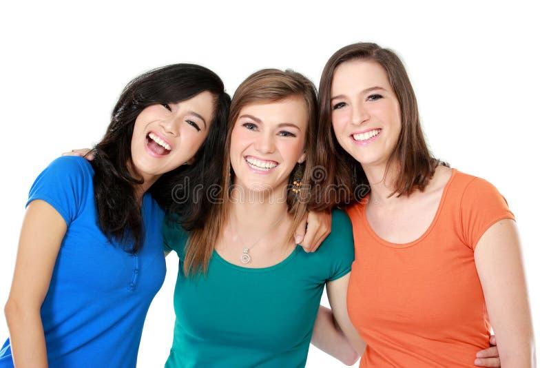 Ethnisch gemischter bester Freund mit drei Mädchen lizenzfreies stockbild
