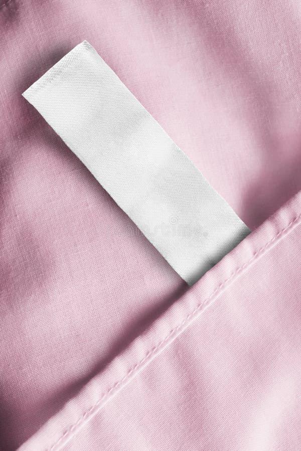 Etichetta in bianco dei vestiti immagini stock libere da diritti