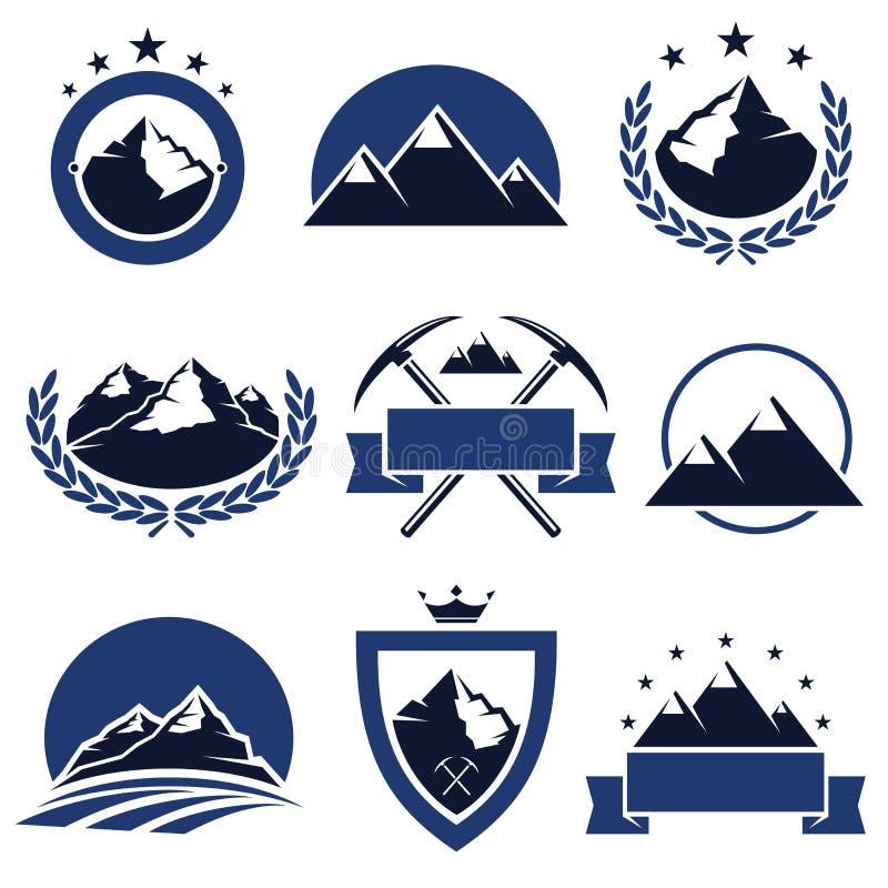 Etichette ed icone della montagna messe. Vettore illustrazione vettoriale