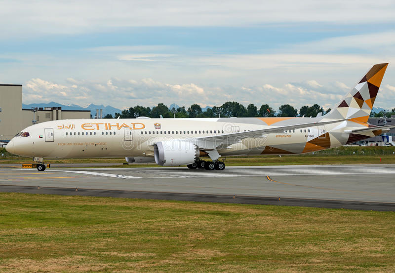 Etihad Airways Boeing 787-9 dreamliner. Bearing registartion number A6-BLO royalty free stock photos