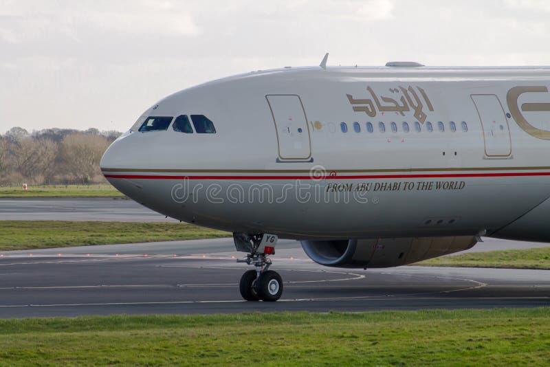 Etihad Airways flygbuss A330 royaltyfri fotografi