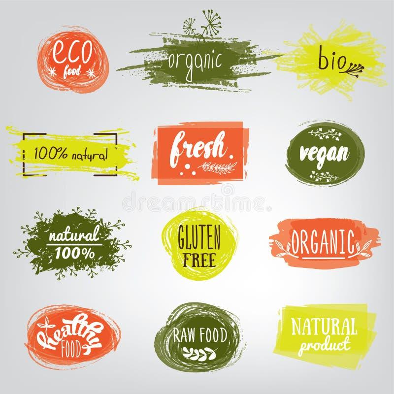 Etiketter med vegetarian och råkost bantar designer Etiketts- och beståndsdeluppsättning för organisk mat för mål och drinken, ka stock illustrationer