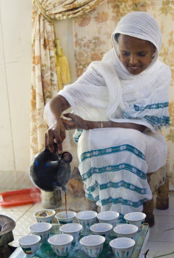 Etiopisk kaffeceremoni arkivfoto