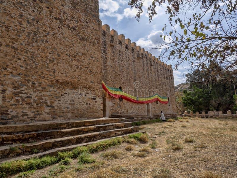 Etiopisk ortodox kyrka för väggar, Axum Etiopien royaltyfria bilder
