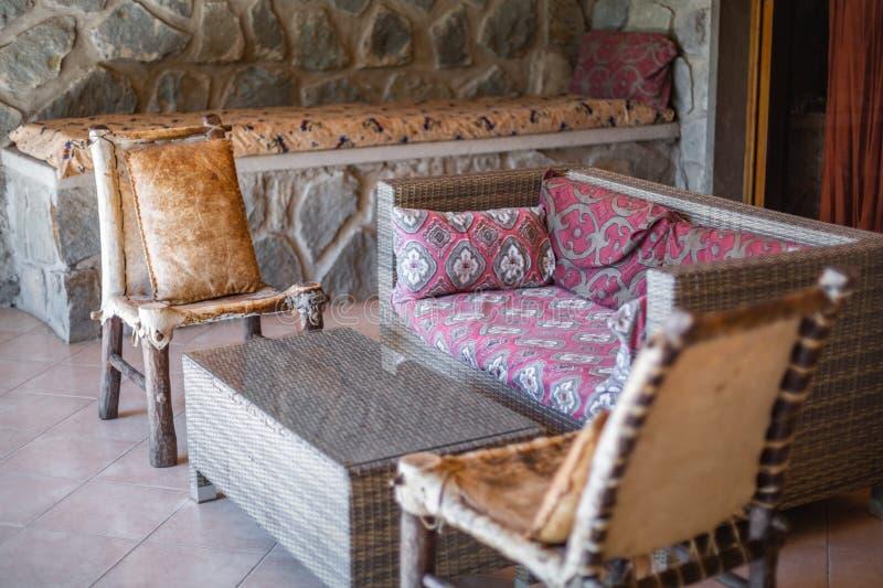 Etiopisk utomhus- vardagsrumuteplatsuppsättning royaltyfria bilder