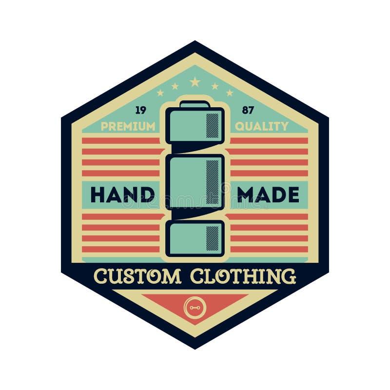 Etiqueta aislada vintage de encargo del estudio de la ropa ilustración del vector