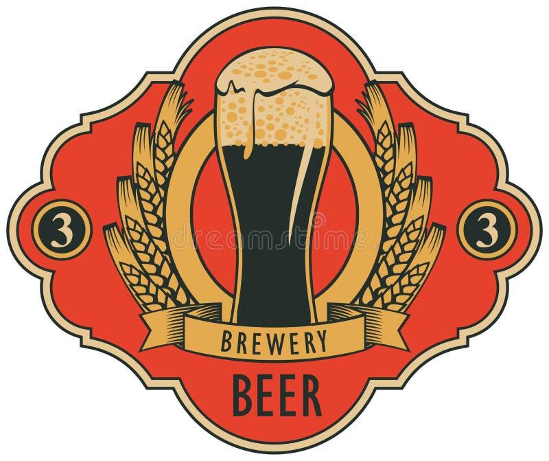 Etiqueta de la cerveza con el vidrio de cerveza, escudo de armas stock de ilustración