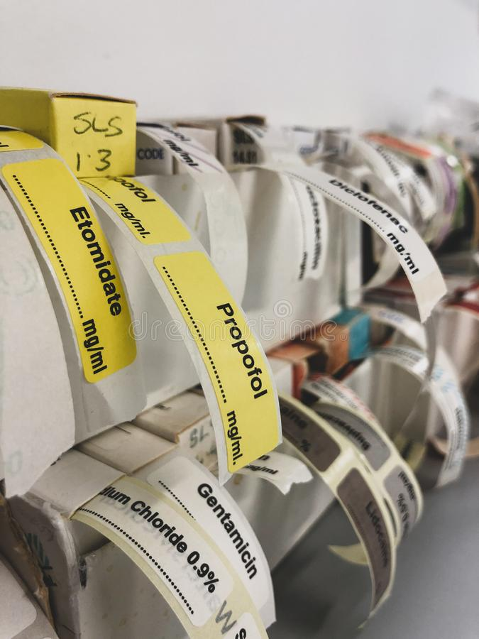 Etiquetas adesivas para drogas intravenosas imagem de stock