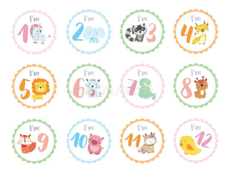 Etiquetas bonitos do aniversário com os animais para bebês foto de stock royalty free