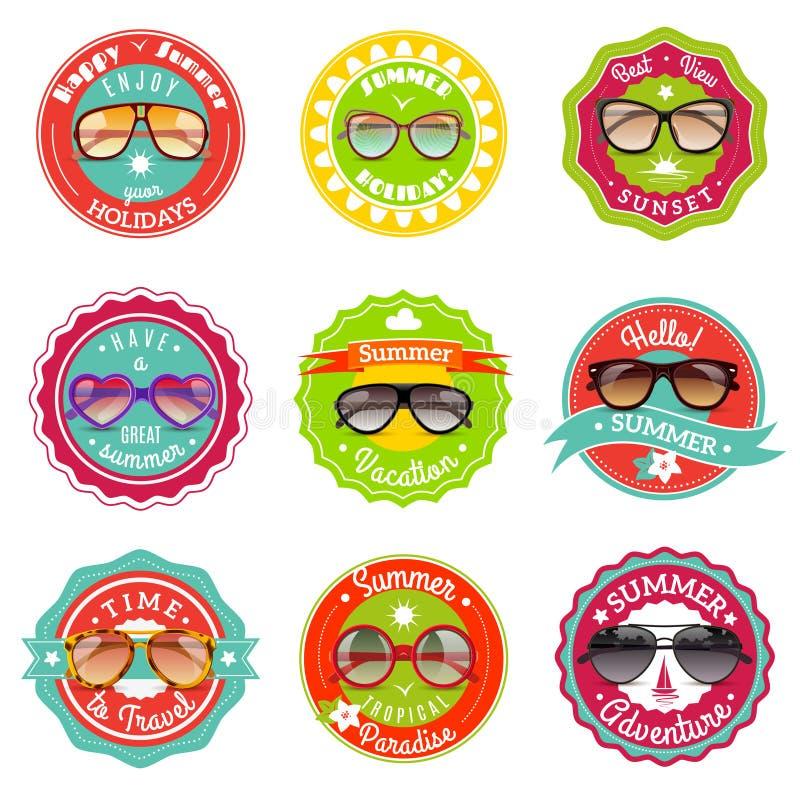 Etiquetas da venda do verão dos vidros de Sun ilustração royalty free