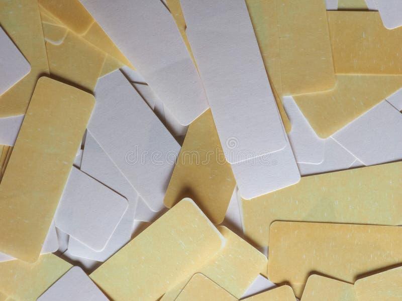 etiquetas do branco e do amarelo imagem de stock royalty free