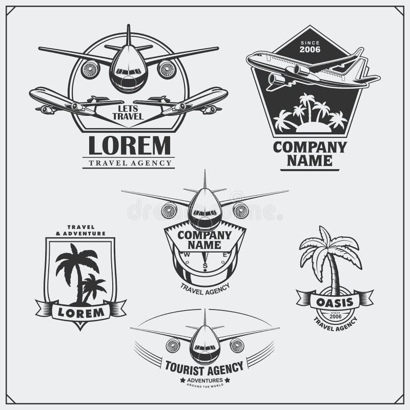 Etiquetas do curso do avião, emblemas, crachás e elementos do projeto Estilo do vintage ilustração royalty free