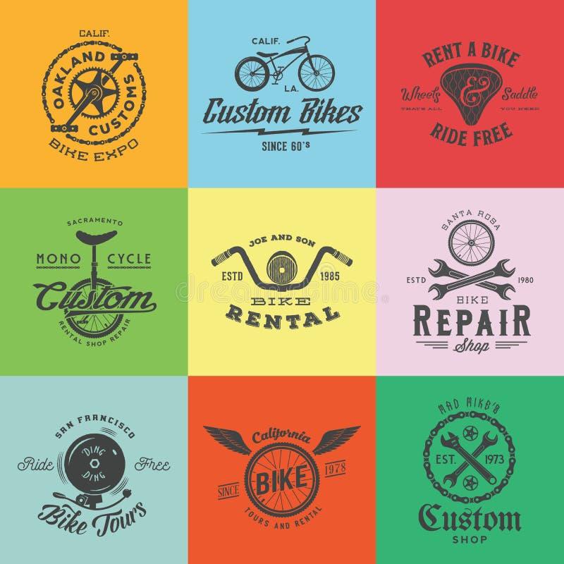 Etiquetas feitas sob encomenda retros ou Logo Templates Set do vetor da bicicleta ilustração royalty free
