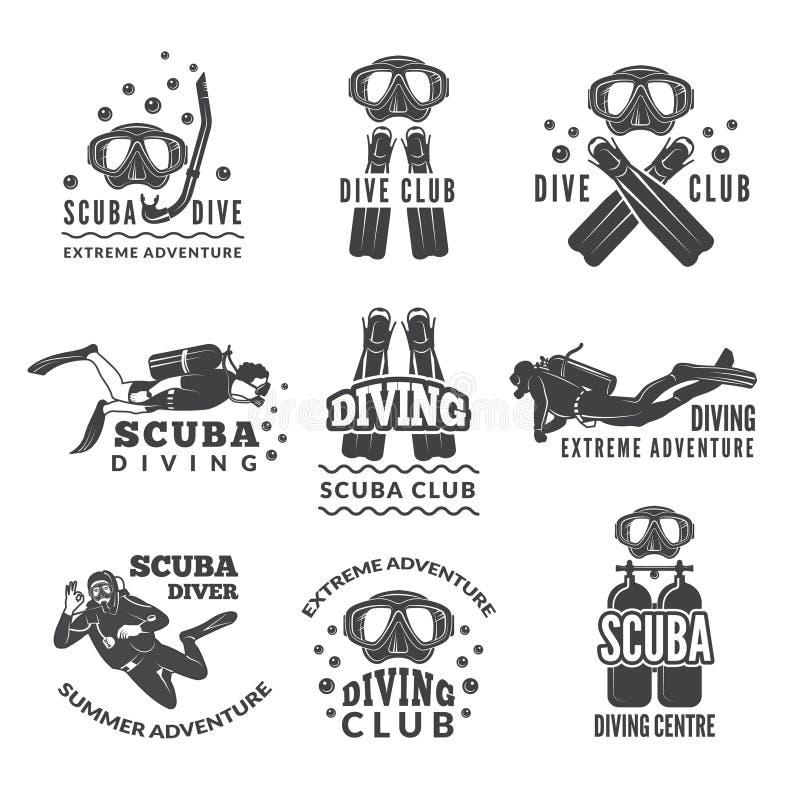 Etiquetas ou logotipos para o clube de mergulho As imagens do vetor ajustaram-se dos mergulhadores e do equipamento específico di ilustração royalty free