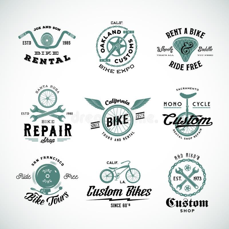 Etiquetas retros ou Logo Templates Set do vetor da bicicleta ilustração royalty free