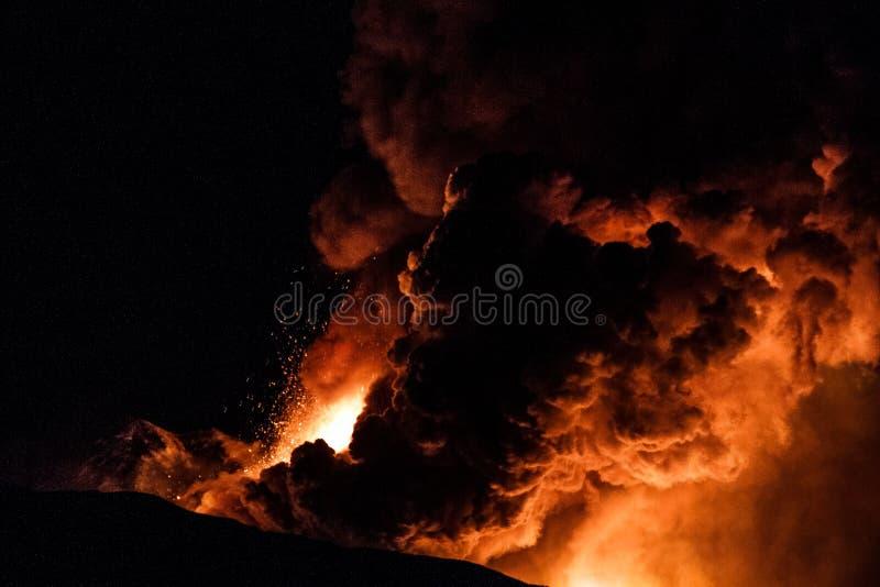 Etna的新的爆发- 2013年 免版税库存照片
