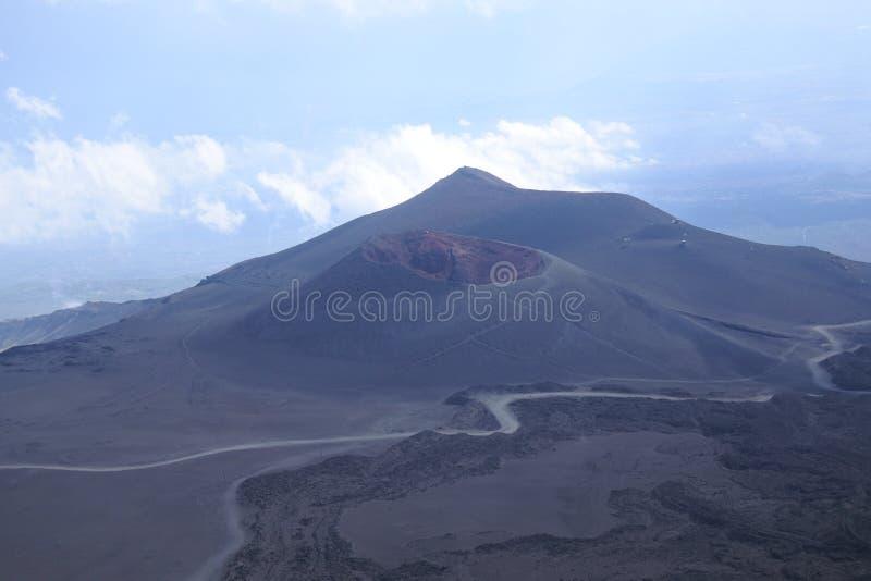 Etna som är vulcan i Sicilia fotografering för bildbyråer