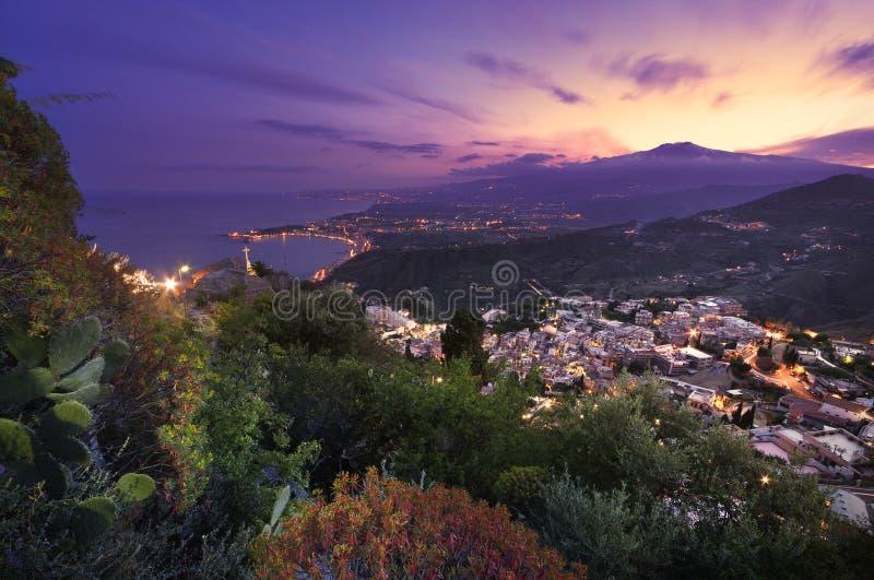 Etna van Taormina royalty-vrije stock afbeeldingen