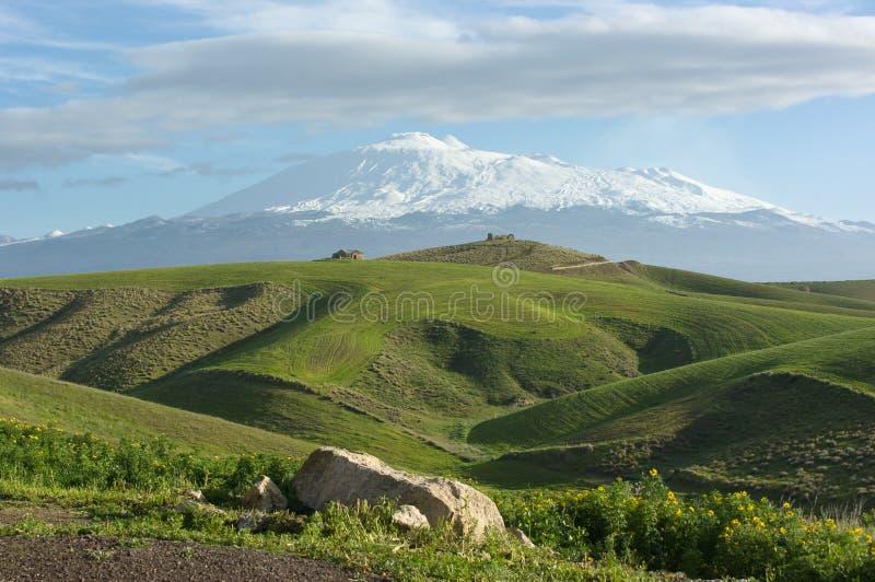 etna ziemi uprawnej wulkan obraz royalty free