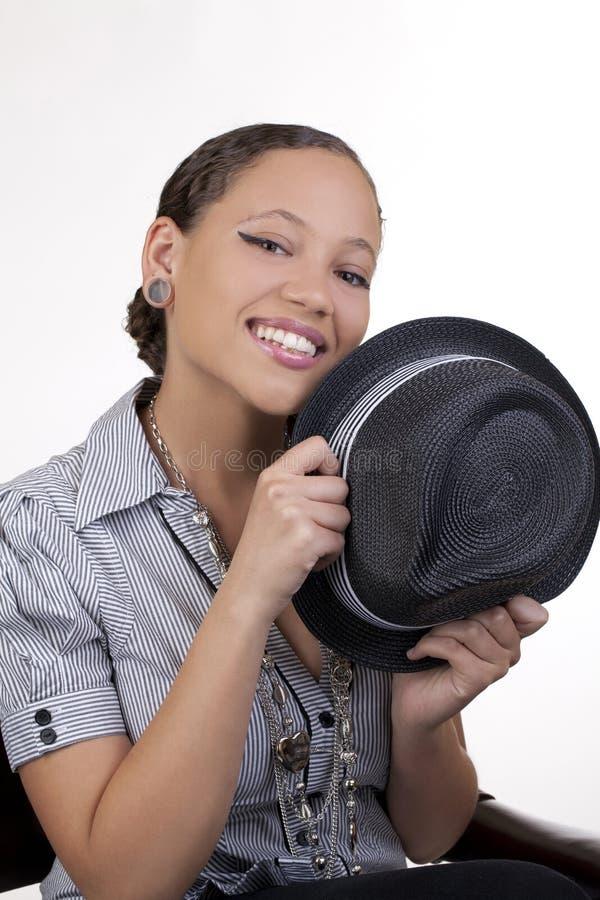 etnicznego kapeluszu mieszani portreta kobiety potomstwa zdjęcia stock