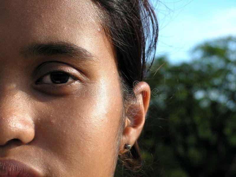 Etnisch malay tienergezicht stock afbeeldingen