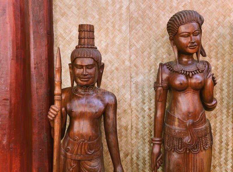 Etnische beeldjemannen en vrouwen van Zuidoost-Azië stock foto's