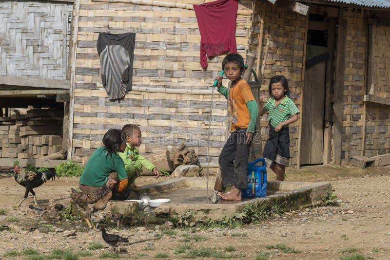 Etnische kinderen, Laos stock foto's