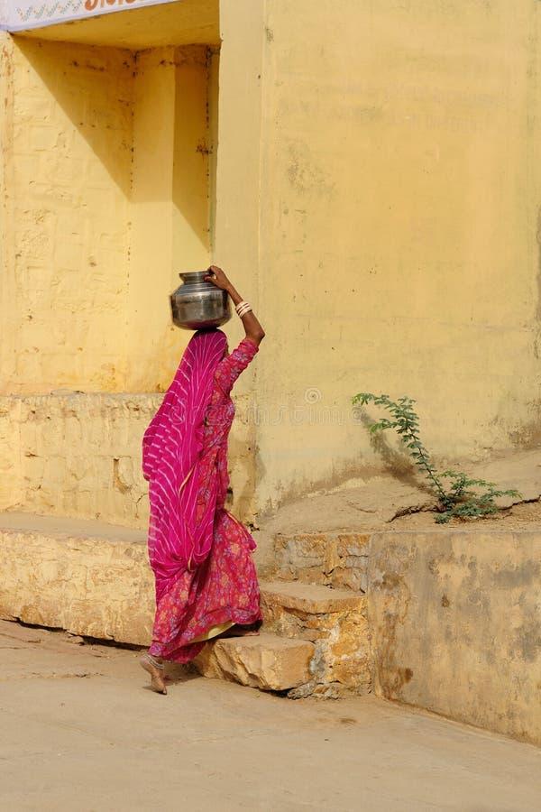 etniska kvinnor arkivfoto