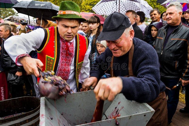 Etnofestival Bobovischanske Grono-2016 en la región de Zakarpattya imagen de archivo libre de regalías