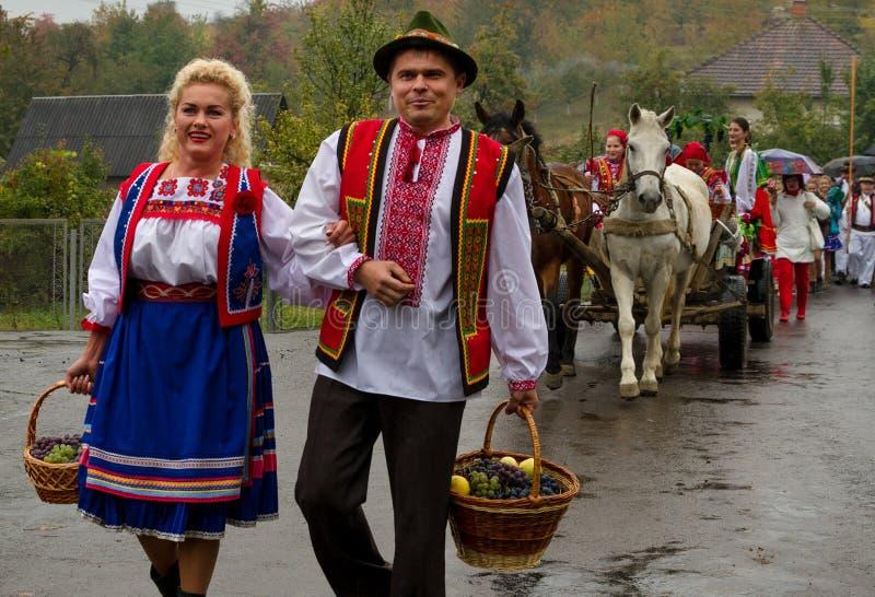 Etnofestival Bobovischanske Grono-2016 en la región de Zakarpattya fotos de archivo
