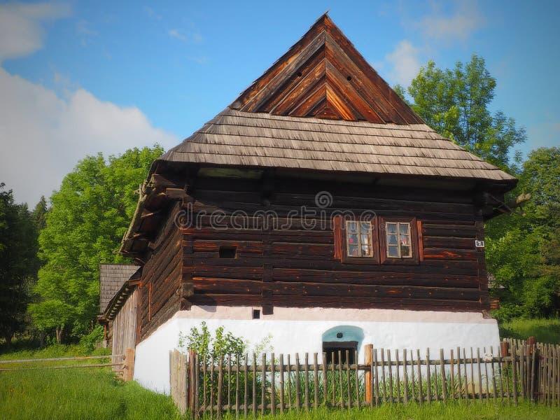 Etnograficzna naturalna ekspozycja - na otwartym powietrzu muzeum w Starà ¡ Ä ½ ubovňa- SISTANI zdjęcia stock