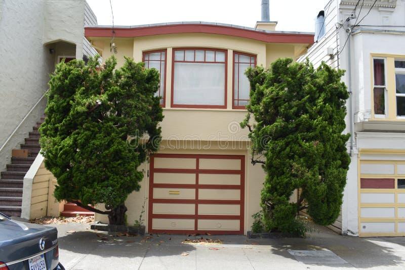 Ett övergett familjhus San Francisco, 1 arkivbilder