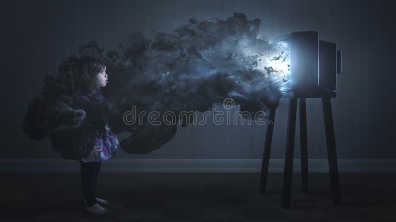 Ett barn som fångas av television royaltyfria bilder