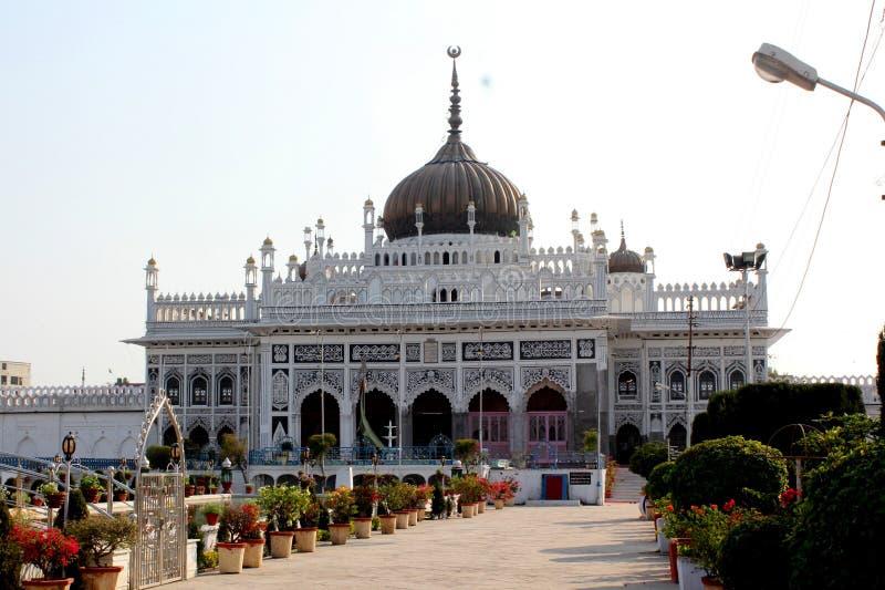Ett besök till Lucknow, staden av Nawabs som har rika arvbyggnader och också moderna strukturer royaltyfria foton