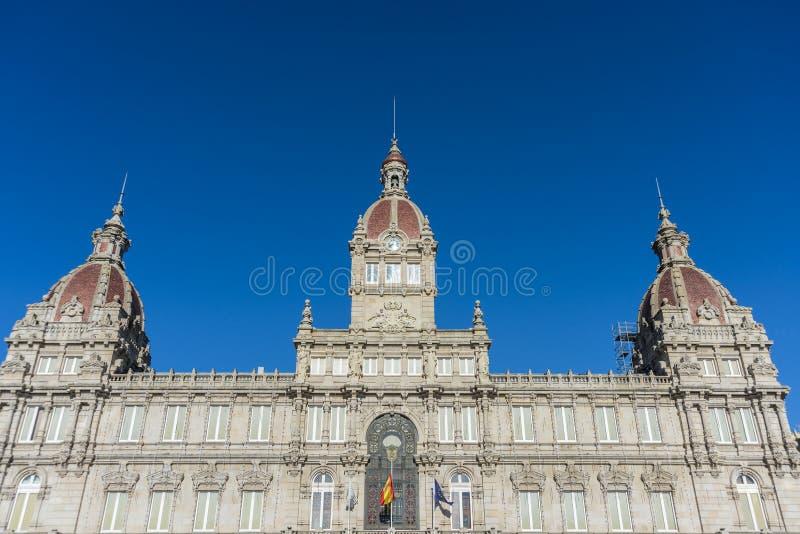 Ett Coruna stadshus på Maria Pita Square i Galicia, Spanien. royaltyfri fotografi
