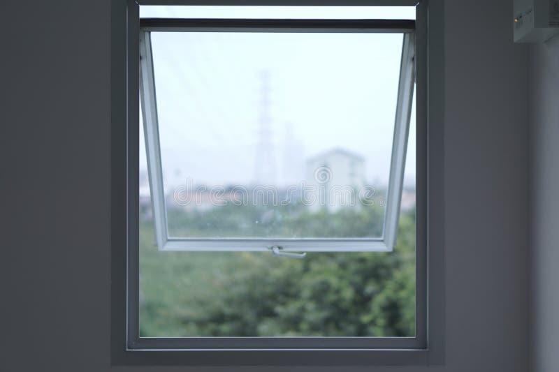Ett fönster är inte precis fönstret arkivfoton
