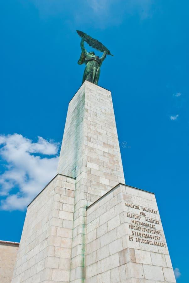 Staty av frihet i Budapest arkivbild