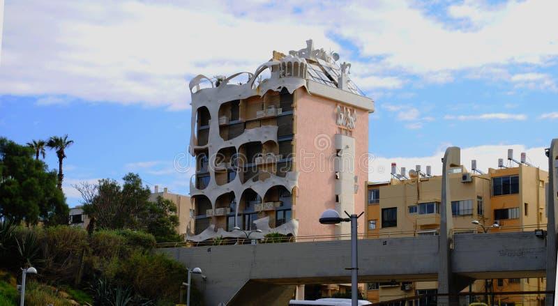 'Ett galet 'hus i Tel Aviv, Israel royaltyfri foto