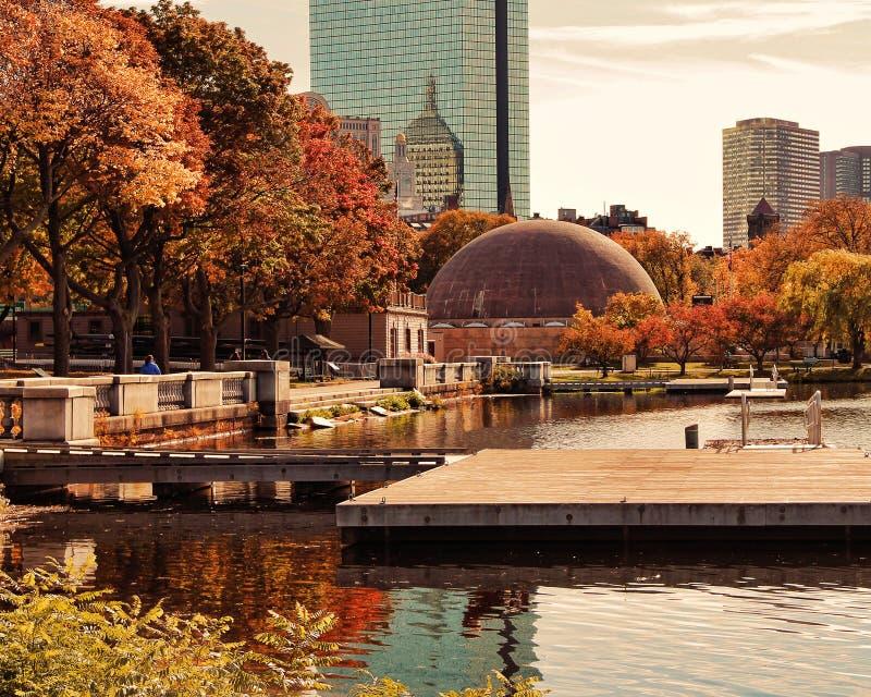 Ett härligt landskap i Boston under höst royaltyfria bilder